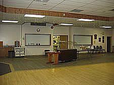 Heat tables, salad tables available. Bar facilities.